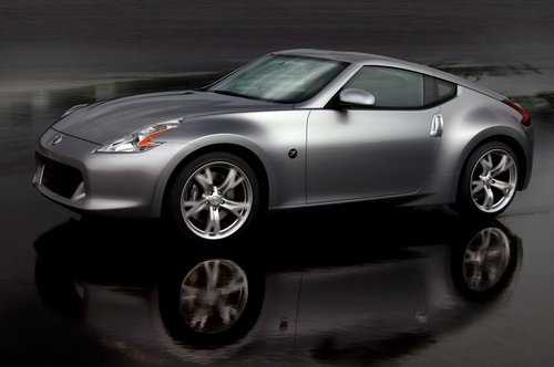 A picture named 2009_Nissan_370Z_Front__mid[1].jpg